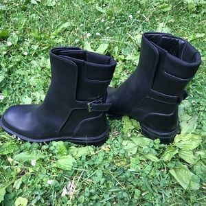 NEW Gucci boots size 8 1/2